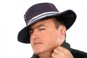 中老年人戴帽子有哪些好处医学专家这么说