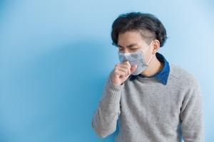 咳嗽到漏尿是怎么回事