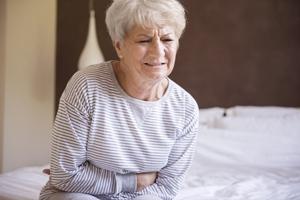 50岁子宫内膜厚怎么办