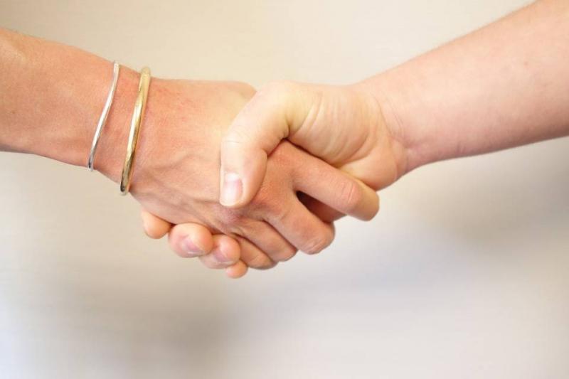 灰指甲最早期症状是怎样的得了灰指甲怎么办