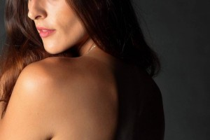 肩膀酸痛胳膊抬不起来从根源解决问题才是关键